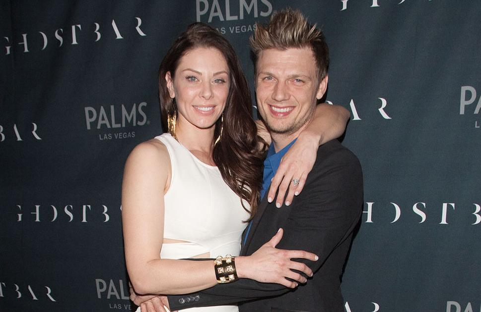 nick-and-lauren-carter-home-from-hospital-after-baby's-birth