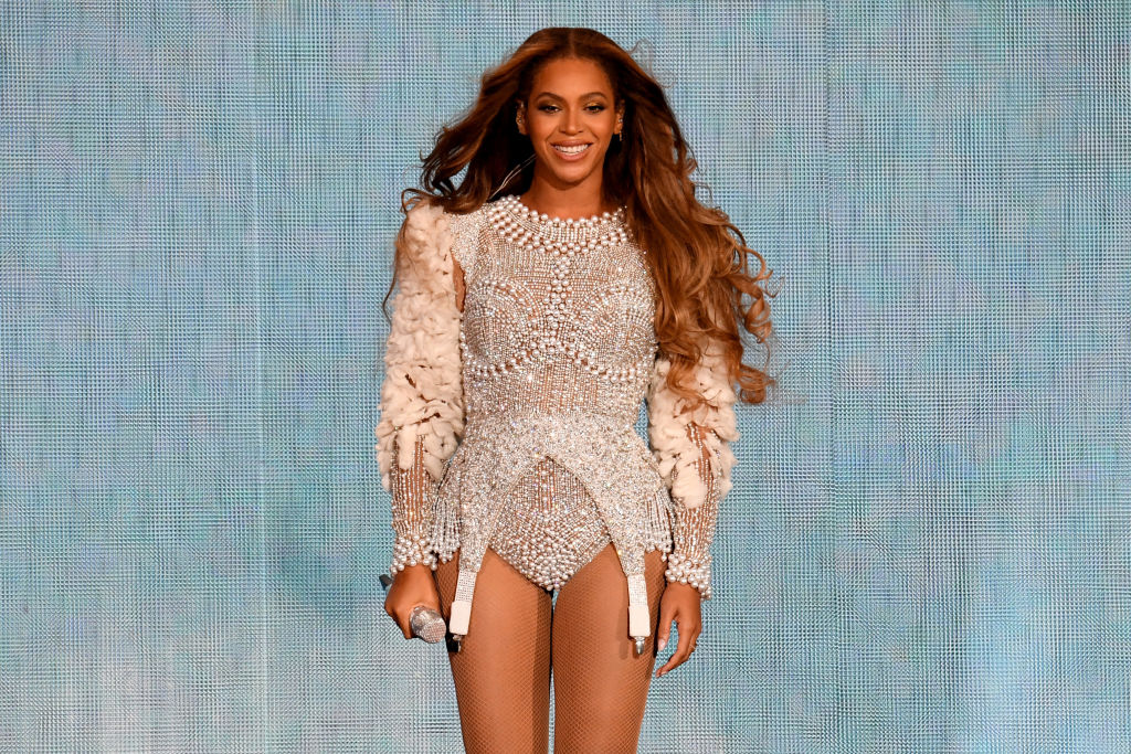 plant-based-and-loving-it!-here-are-50-celebrities-who-went-vegan-(and-might-inspire-you-to-do-…