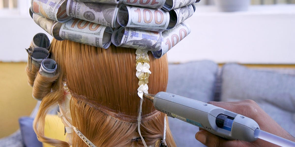 these-$1000-wigs-are-made-for-celebrities-like-trinity-the-tuck,-rupaul,-and-tiffany-haddish