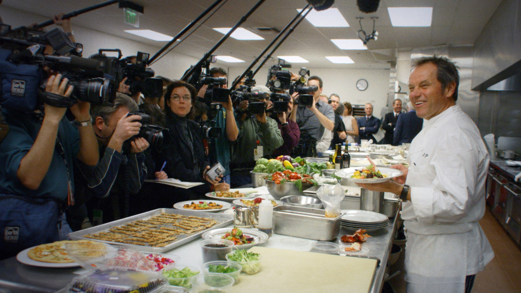 'wolfgang'-review:-a-savory-documentary-portrait-of-wolfgang-puck,-the-defining-celebrity-chef