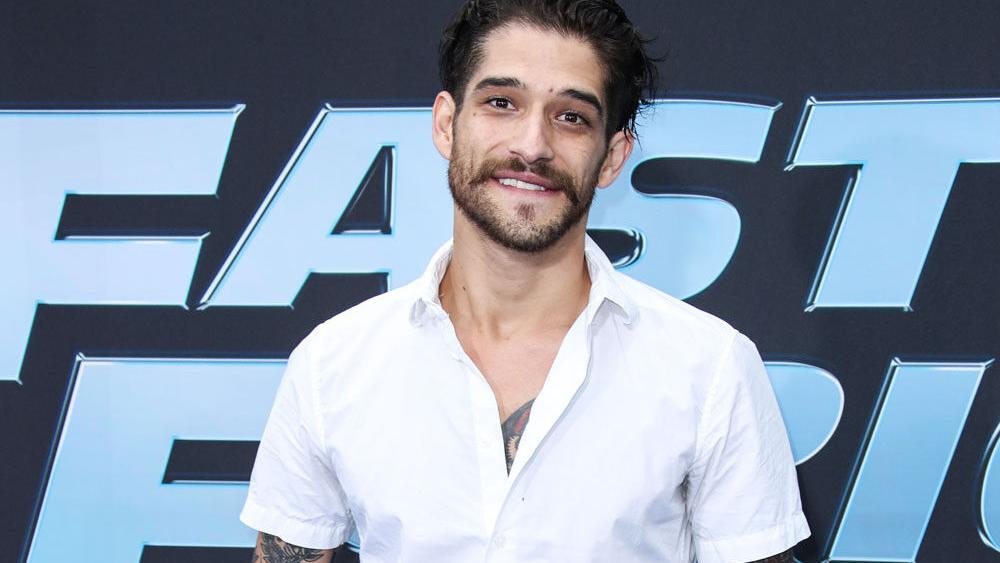 tyler-posey-comes-out-as-sexually-mobile- -celebrities