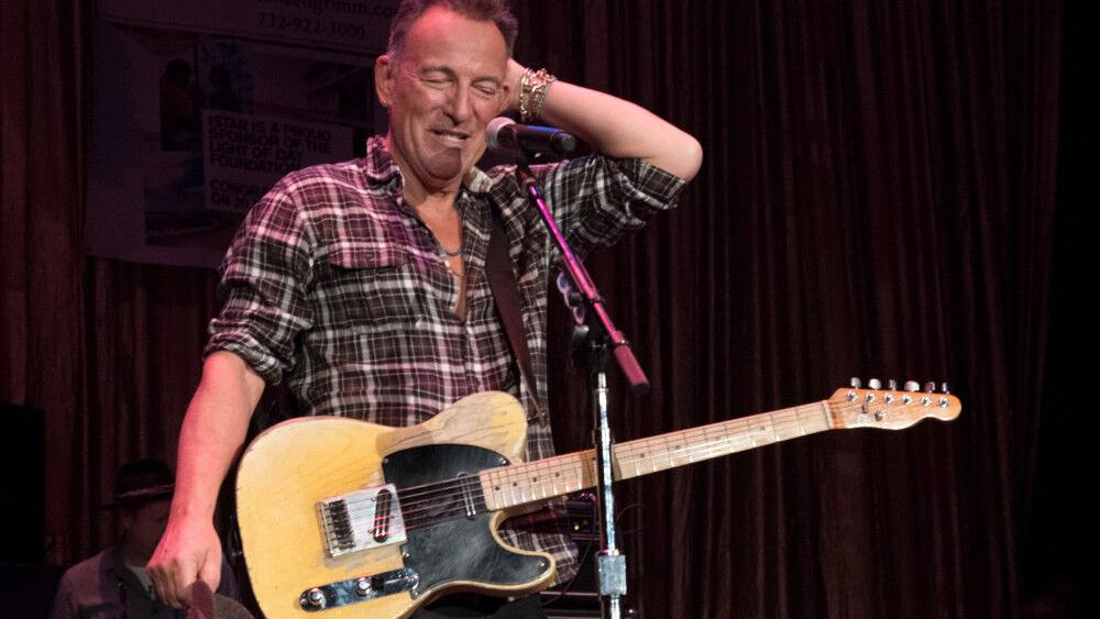 bruce-springsteen's-daughter-participates-in-the-olympics- -celebrities