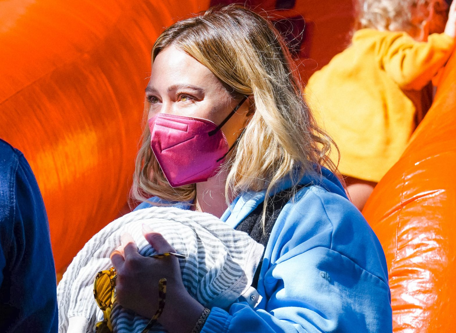 hilary-duff-and-other-celebs-are-obsessed-with-these-pretty-fda-authorized-kn95-masks